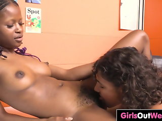 hairy exotic lesbians